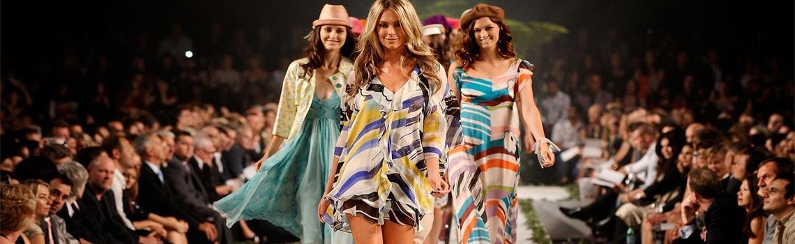 Női divatáru